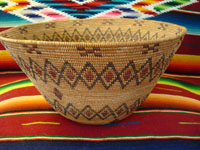Yokuts basket with rattlesnake bands