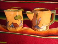 Mexican vintage pottery and ceramics, a teapot and creamer set from Tlaquepaque, c. 1930-40. Main photo of the set.