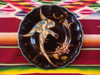 Mexican vintage pottery and ceramics, a lovely black-ware plate with a beautiful bird (a quetzal?) and fantastic flowers, Tlaquepaque or Tonala, Jalisco, c. 1920-30's. Main photo of plate.