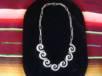 Mexican vintage sterling silver jewelry, and Taxco vintage silver jewelry, a wonderful Taxco silver necklace, with very fine silver-work and an elegant design, Taxco, c. 1940's. Main photo of the Taxco silver jewelry necklace.