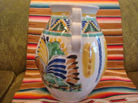 Mexican vintage pottery and ceramics, and Mexican vintage folk art, a beautiful Talavera vase by the famous, late Gorky Gonzalez of Guanajuato, c. 1960. A view of the back side of the Talavera vase by Gorky Gonzalez.
