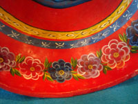 BS-9: Mexican vintage folk art, a wonderful drinking bowl formed from a gourd and beautifully decorated, Olinala, Guerrero, c. 1940's.Closeup photo showing the decorations on the border edges of the vessel.