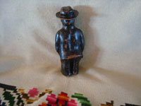 Mexican vintage folk art, and Mexican vintage pottery and ceramics, a wonderful pottery figure depicting the great Mexican muralist, Diego Rivera, Barrio de la Luz, Puebla, c. 1940's. A photo showing the back of the piece.