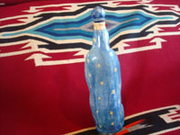 Mexican vintage pottery and ceramics, and Mexican vintage folk art and devotional art, a wonderful pottery bottle depicting Our Lady of Guadalupe, San Pedro Tlaquepaque or Tonala, Jalisco, c. 1930-40's. Photo showing the back side of the bottle, showing the Virgin's lovely robes.
