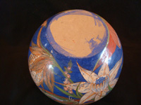 Mexican vintage pottery and ceramics, a large and extremely beautiful burnished globe or vase, with extremely fine and graceful floral artwork, Tonala or Tlaquepaque, Jalisco, c. 1930's. Another view from above the globe vase.