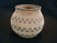 Native American Indian antique baskets, a very fine Chemehuevi basket in the form of an olla, with wonderful geometric decoration, from the area of the Colorado River near Needles, California and Parker, Arizona, c. 1920. Main photo of the Chemehuevi olla basket.