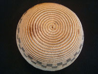 Native American Indian antique baskets, a very fine Chemehuevi basket in the form of an olla, with wonderful geometric decoration, from the area of the Colorado River near Needles, California and Parker, Arizona, c. 1920. Photo of the bottom of the Chemehuevi basket.