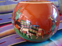 Mexican vintage pottery and ceramics, a beautiful pottery tecomate, a cylindrical bowl, with wonderful and very crisp artwork, Tonala or Tlaquepaque, Jalisco, c. 1930-40's.  Photo of another side of the tecomate, or globular bowl.