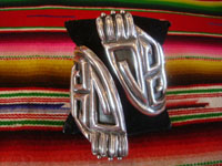 Mexican vintage sterling silver jewelry, and Taxco vintage silver jewelry, a beautiful Taxco silver cuff-style bracelet with excellent silverwork and beautiful design, Taxco, c. 1940. Main photo of the Taxco jewelry cuff bracelet.