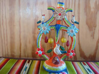 Mexican vintage folk art, and Mexican vintage pottery and ceramics, a very lovely and colorful tree-of-life attributed to the famous Castillo family, Izucar de Matamoros, Puebla, c. 1950's. Main photo of the tree-of-life.