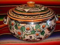 Mexican vintage pottery and folk art, a lovely petatillo casserole with lid, Tonala, Jalisco, c. 1950-60, by famed artist Jose Bernabe. The casserole features wonderful and very intricate floral and zoomorphic figures. Another photo of the entire casserole with lid.