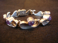 Mexican vintage jewelry and Taxco vintage sterling silver jewelry, a lovely bracelet with amethyst stones, Taxco, c. 1940. Main photo.