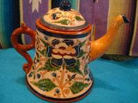 Mexican vintage pottery and ceramics, a very rare and beautiful tea-set, signed by the famous Tonala potter Magdaleno Coldivar Ramos, Tonala, c. 1920-30's. Side view of the tea-pot.