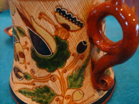 Mexican vintage pottery and ceramics, a very rare and beautiful tea-set, signed by the famous Tonala potter Magdaleno Coldivar Ramos, Tonala, c. 1920-30's. Another closeup photo of the artwork decorating the sugar container and showing one handle.