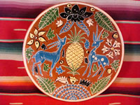 Mexican vintage pottery and ceramics, a Fantasia plate, c. 1930.