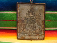 Mexican vintage devotional art, and Mexican vintage tinwork art, a lovely tinwork nicho with a very old printed image of the Santo Nino de Atocha, c. 1930's. Main photo.