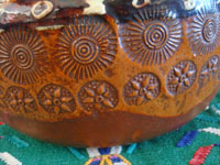 Mexican vintage pottery and ceramics, a wonderful banderaware utilitarian bean pot, with wonderful decorations and stamping, Tonala or San Pedro Tlaquepaque, c. 1930's. Closeup photo of the wonderful stamping at the bottom of the pot.