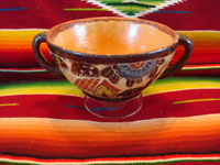 Mexican vintage pottery and ceramics, a beautiful petatillo bowl with two handles and scenes of a donkey and graceful herons, attributed to Balbino Lucano late in his life, Tonala, c. 1940. Photo showing inside of bowl.