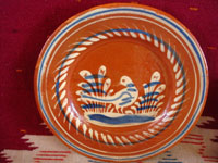 Mexican vintage pottery and ceramics, a very lovely set of three bandera-ware plates decorated with graceful birds, Tonala or San Pedro Tlaquepaque, c. 1940's. Closeup photo of the second plate.
