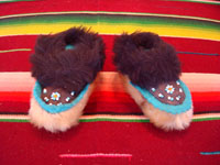 Native American Indian vintage folk art and beadwork, a pair of baby's mocassins from Alaska, probably Aleut, c. 1930-45. The mocassins feature a lovely bird design and wonderfully soft seal skin. Main photo,