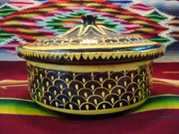 Mexican vintage pottery and ceramics, a very unique lidded casserole with a dark brown/black field and very fine decorative painting, Tlaquepaque, Jalisco, c. 1930's. View from the side of the casserole.