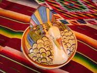 Mexican vintage pottery and ceramics, a lovely lidded casserole in the form of a wonderful turkey with very fine glazing and artwork, Tonala, Jalisco, c. 1930-40's. Photo shot from above the casserole, showing both sides of the Tlaquepaque pottery turkey casserole.