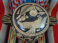 Mexican vintage pottery and ceramics, a lovely pottery lidded cassarole with fantasia-style artwork, Tonala or San Pedro Tlaquepaque, c. 1930's.  Photo showing the top of the cassarole.