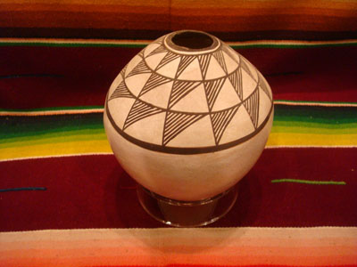 "Native American Indian vintage pottery and ceramics, a beautiful pottery seed pot or ""vulcano pot"", signed by the famous Acoma potter, Lucy M. Lewis, Acoma Pueblo, New Mexico, c. 1950's."